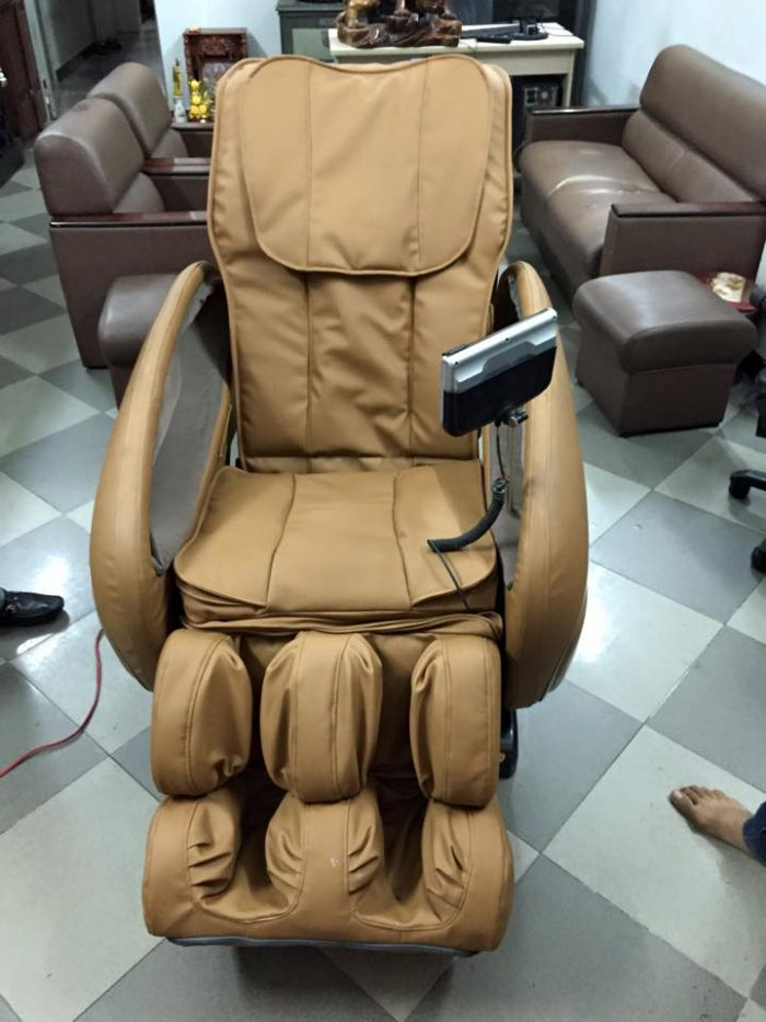dịch vụ thay túi hơi ghế massage tại nhà