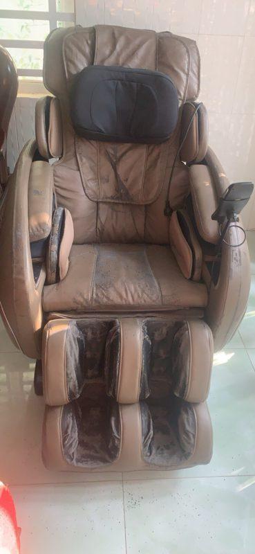 ghế massage ogawa air plus bị hư da